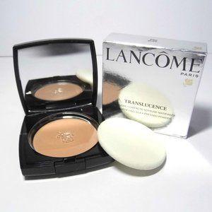 Lancome 250 Buff Translucence Matte silky Powder